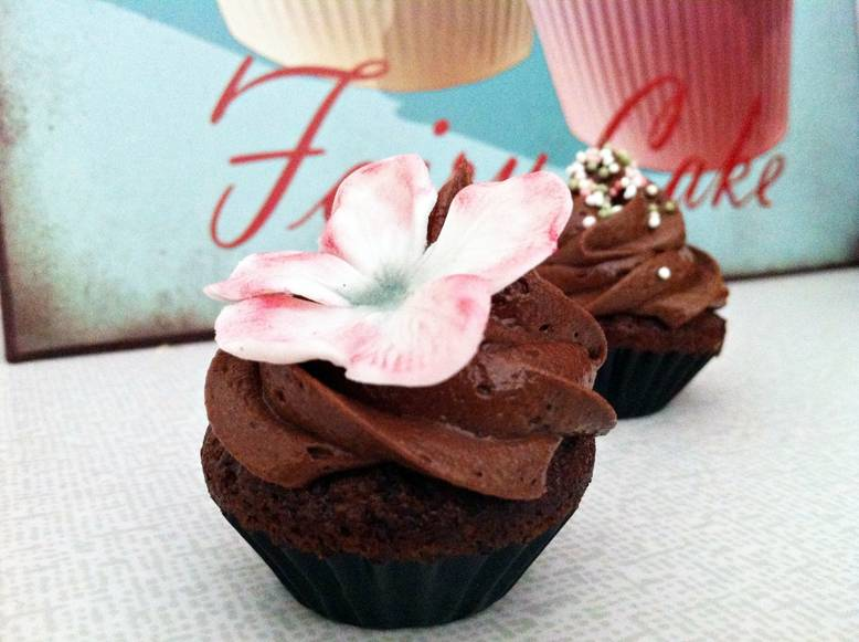 Devil's Food minicupcakes • Heavenly Cupcake