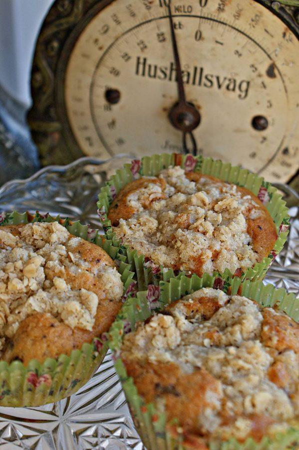 muffins med päron, konjak och choklad