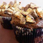 Extra Chocolate Snickers Cupcakes