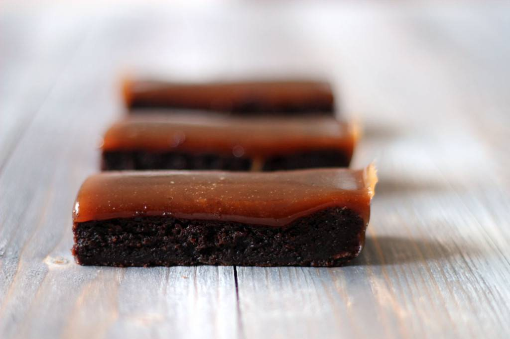 Brownie Kardemummakola 04