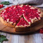 kaka med röda vinbär